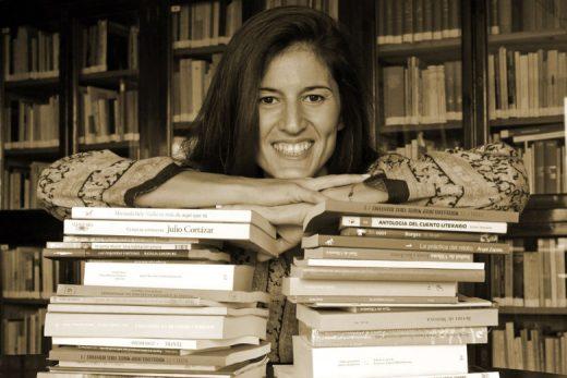 Ana Haro dedica su vida a las letras