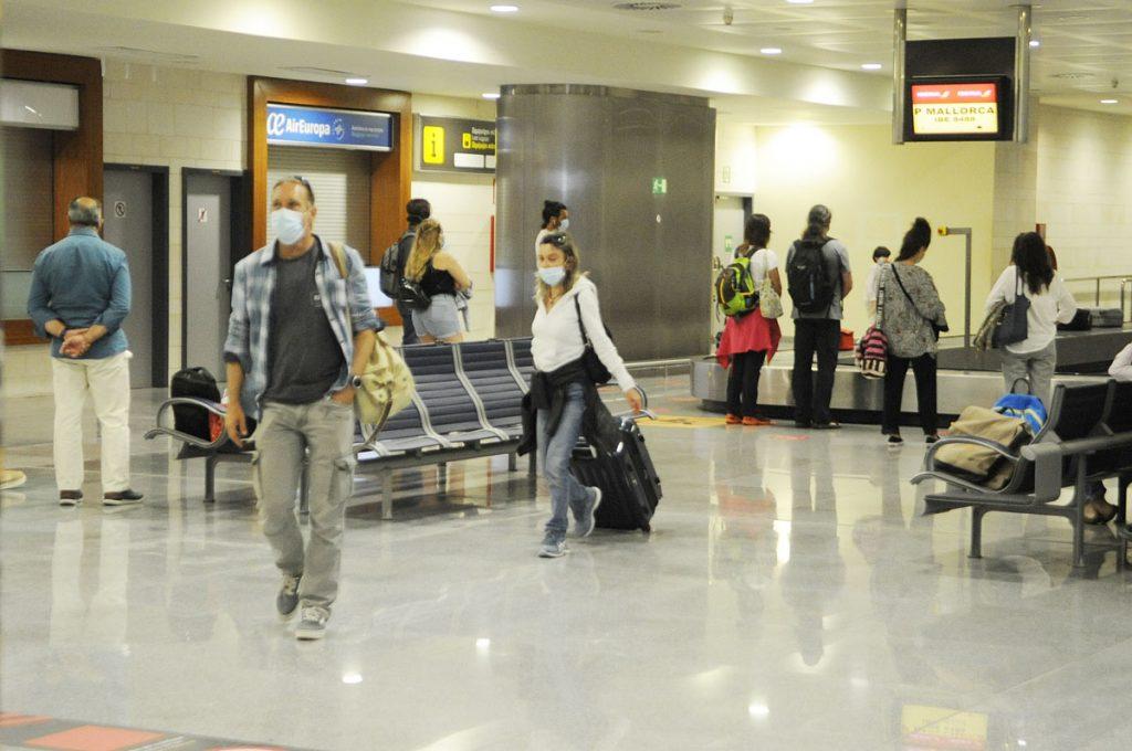 Aumenta ligeramente la llegada de visitantes a Menorca por vía aérea (Foto: T.M.)