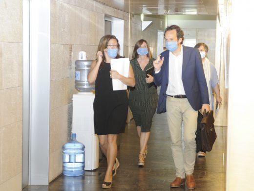 El nuevo Conservatorio  y la Escola d'Adults de Maó se salvan  de los recortes