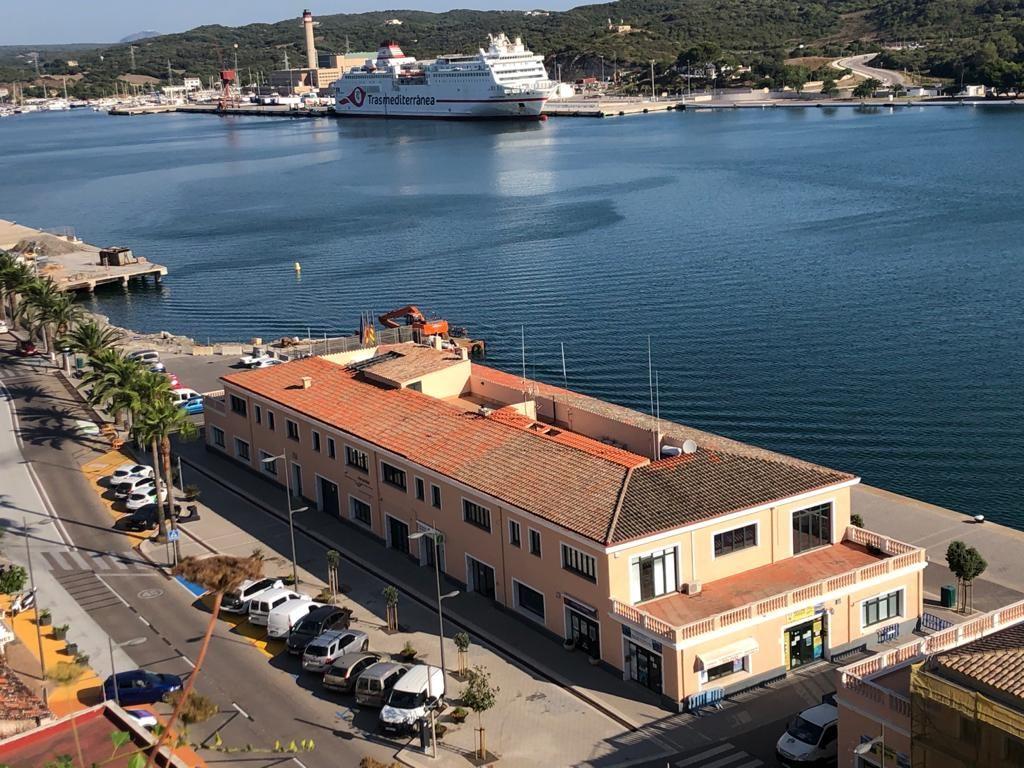Sede de Autoridad Portuaria en el puerto de Maó (Foto: T.M.)