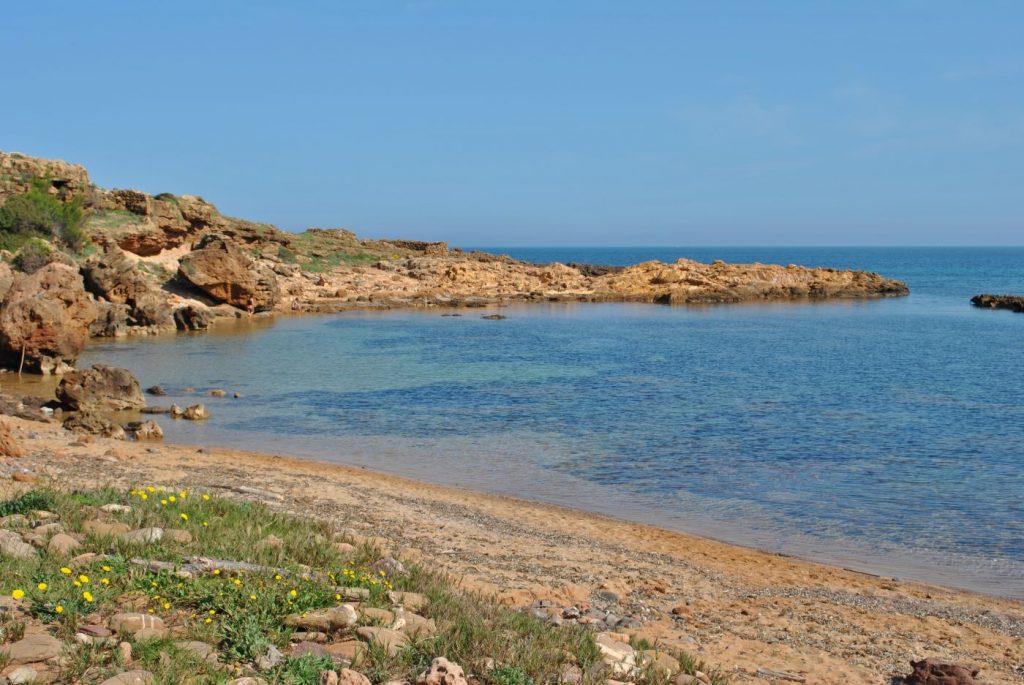 Un día para aprovechar las bellas calas de la isla (Foto: EA)