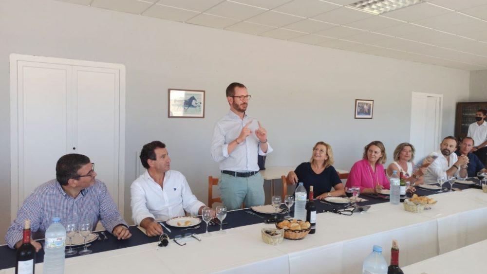 Encuentro de Maroto con dirigentes del PP de Menorca y Baleares