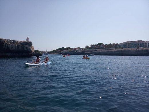 Descubren los secretos del kayak en el Club Náutico de Ciutadella