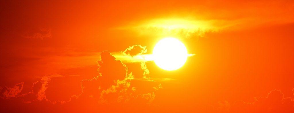 Mucho sol y calor.