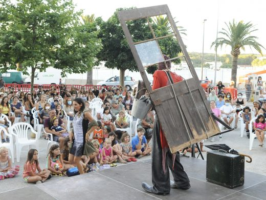 (Fotos) Los lunes artísticos en Maó