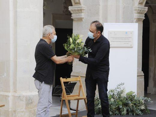 (Fotos) Dolor y respeto por los fallecidos por la Covid-19