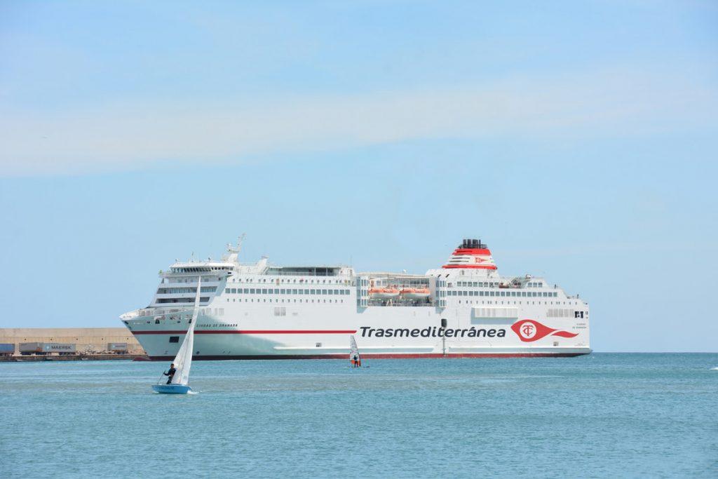 Imagen del ferry Ciudad de Granada.