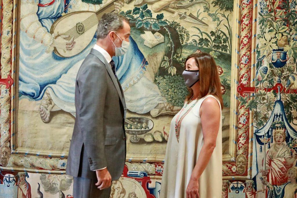 Imagen de la audiencia de Felipe VI con la presidenta Francina Armengol