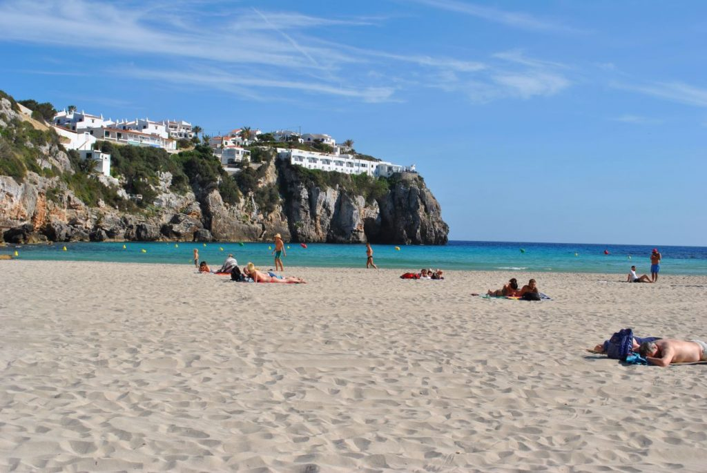 Cala en Porter, una de las playas del municipio (Foto: EA)