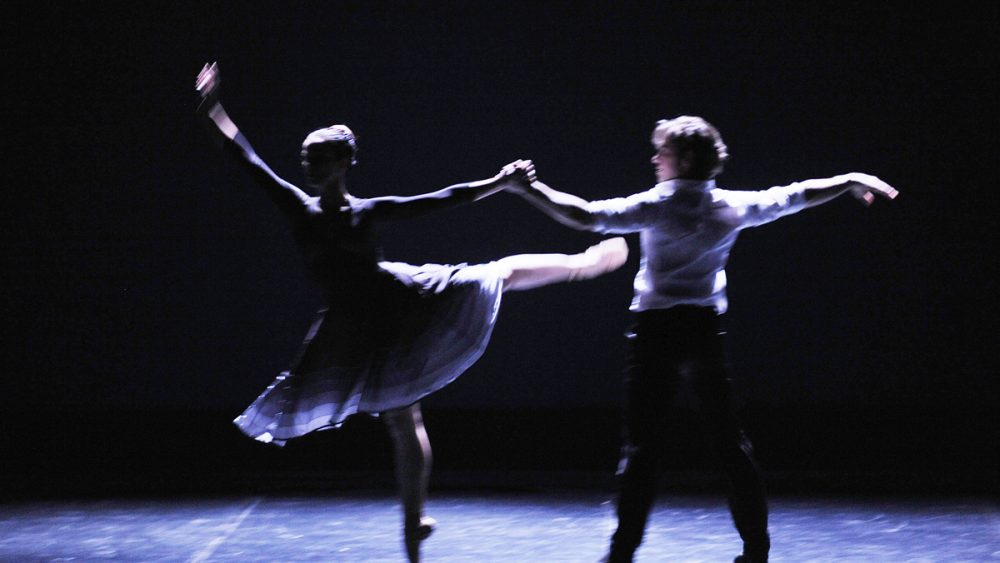 Reapertura con danza.