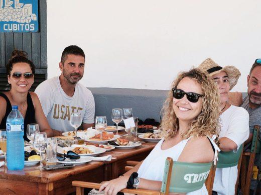 El exjugador de basket Juan Carlos Navarro, de vacaciones en Menorca
