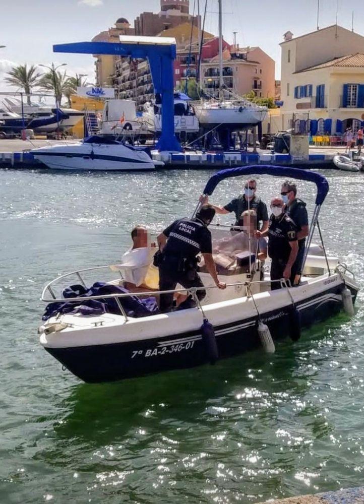 Un momento de la detención (Foto: Policia Local d'Alboraia)