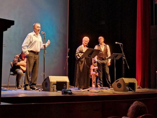 """(Fotos) Menorca responde a la Hermandad Rociera llenando el Teatro en """"Siempre Unidos"""""""