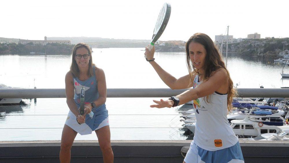 Gemma Triay, junto a Lucía Sainz en el CM Mahón (Fotos: Tolo Mercadal)