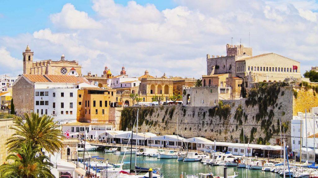 Vista del puerto de Ciutadella (Foto: Turismo de Menorca)