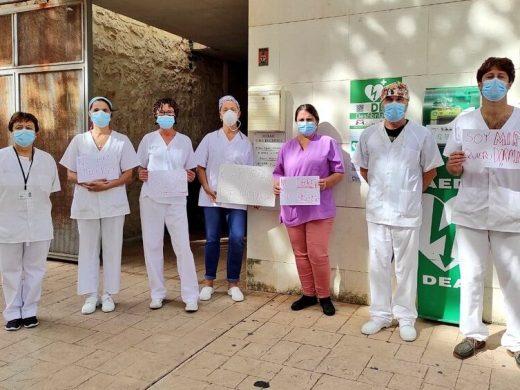 (Vídeo y fotos) Protesta de los sanitarios de Menorca