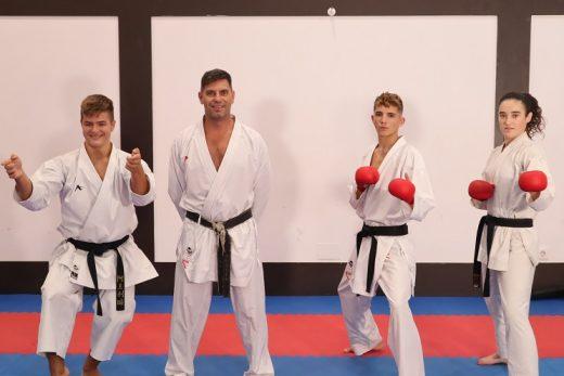 Imagen de los karatecas menorquines (Foto: Físics Ciutadella)
