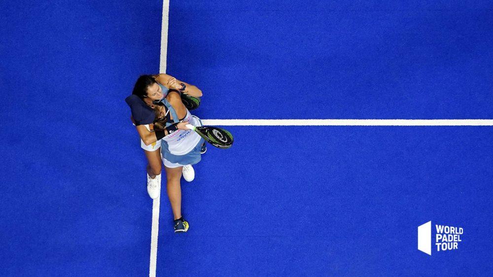 Abrazo final tras el triunfo (Fotos: WPT)
