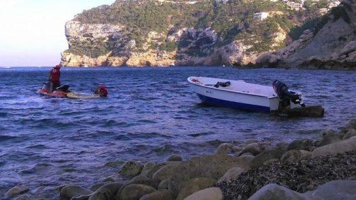 Imagen de una patera en aguas de Mallorca (Foto: Mallorcadiario.com)