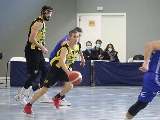 (Fotos y vídeo) El Pinta B gana a golpe de triple