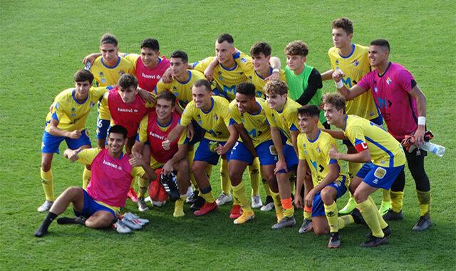Celebración del punto (Foto: Atlético Villacarlos)