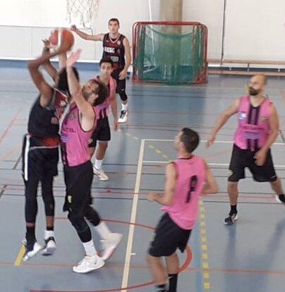 Acción del partido en Sant Cugat (Foto: UESC)