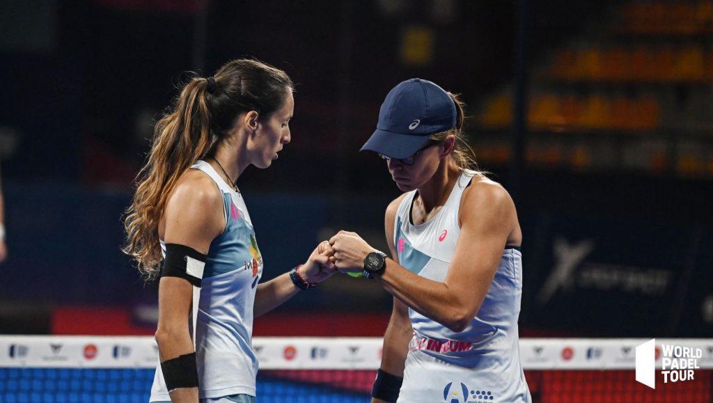 Gemma Triay y Lucía Sainz celebran un punto (Fotos: World Padel Tour)
