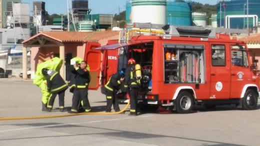 Servicios de seguridad en el puerto de Maó
