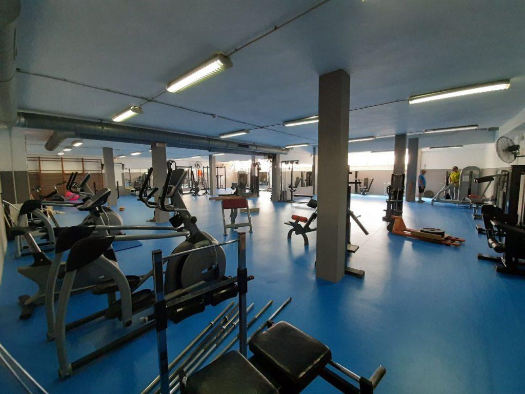 Sala de musculación del polideportivo.