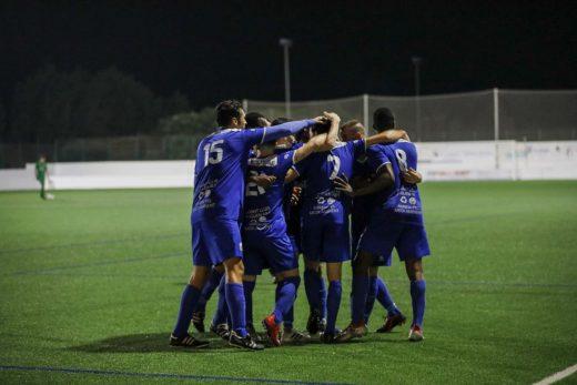 Celebración de un gol del Sant Lluís (Foto: CCE Sant Lluís)