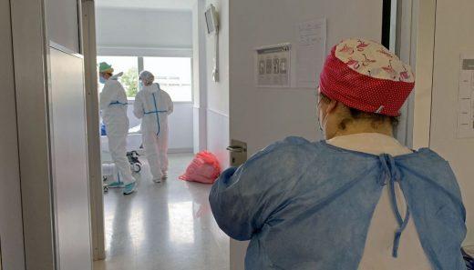 Personal sanitario del Hospital Mateu Orfila.