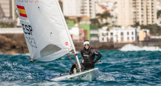 Pere Ponsetí, en un momento de la regata (Foto: CN Ciutadella)