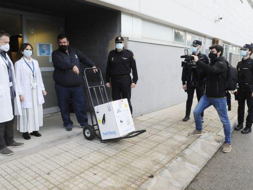 Llegan las primeras vacunas a Menorca