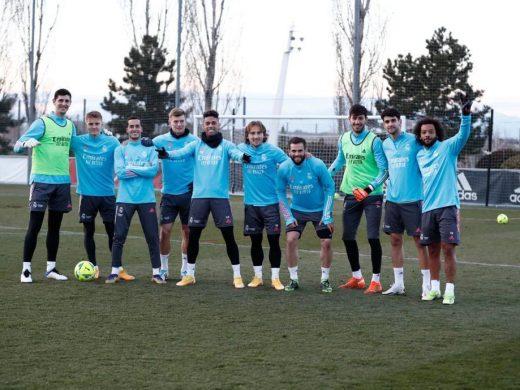Xavi Sintes vuelve a entrenar con el primer equipo del Real Madrid