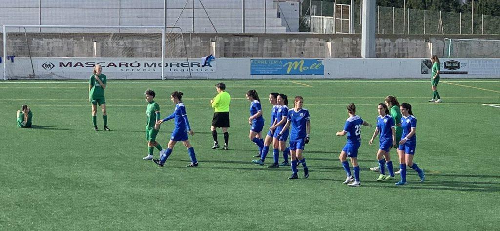 Celebración del gol de Ainhoa Seguí (Foto: CCE Sant Lluís)