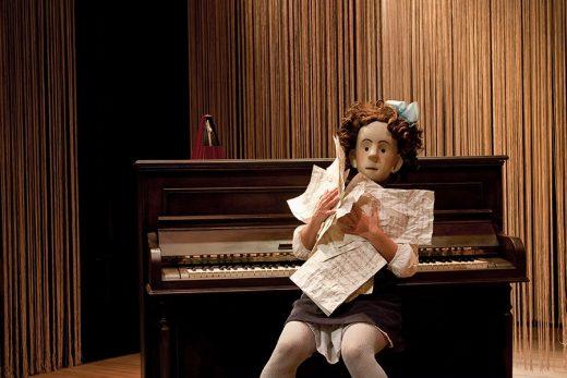"""Izar en un momento de la representación de """"Estrella"""" (Foto: Teatro Principal de Maó)"""
