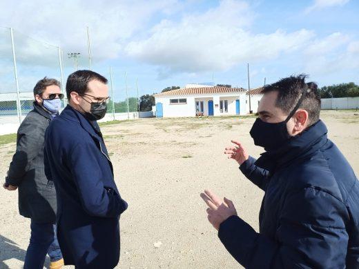 """(Fotos) Maó evalúa los daños de """"Hortense"""" en el campo del Sporting"""