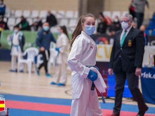 (Fotos) Queralt Capó, plata en la Liga Nacional de karate