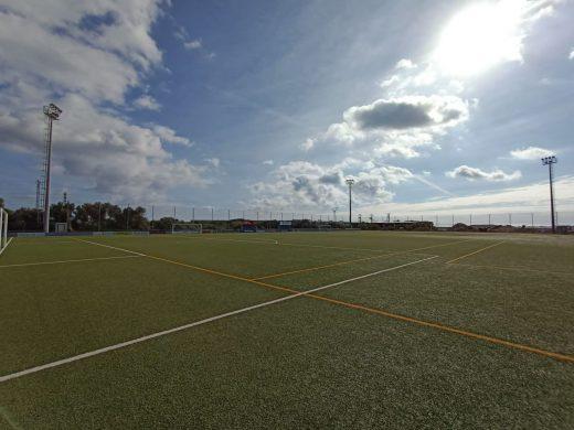 Campo de fútbol de Bintaufa.