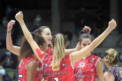 Celebración de un punto del Avarca de Menorca (Foto deportesmenorca.com)