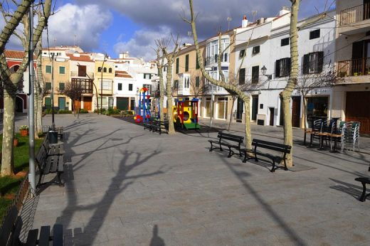 Plaça des Ramal de Alaior.