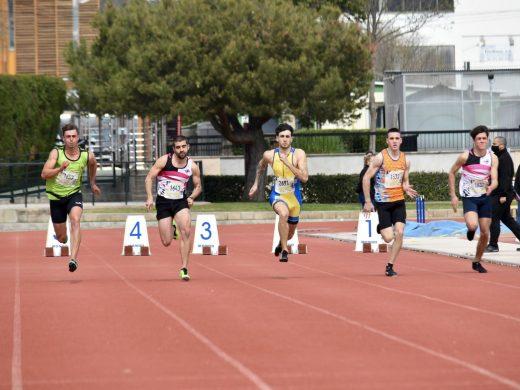 (Galería de fotos) Gran botín de medallas para Menorca en el balear de pista