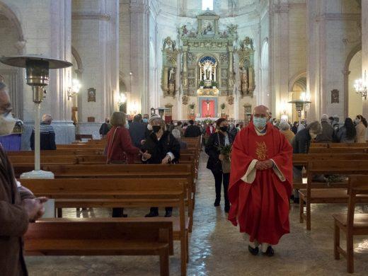(Fotos) La Covid desluce el Domingo de Ramos