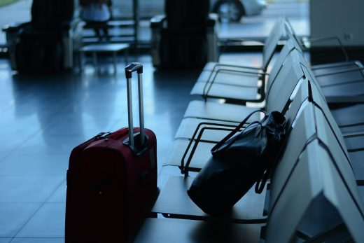 Los británicos quieren reanudar los viajes internacionales a mediados de mayo