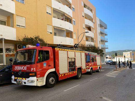 (Fotos) Incendio en Vives Llull