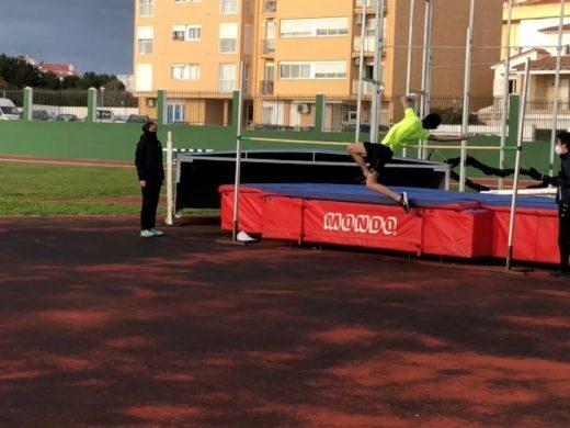 (Fotos) El viento condiciona las marcas en el control de pista de Maó