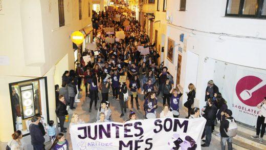 Manifestación en Ciutadella.