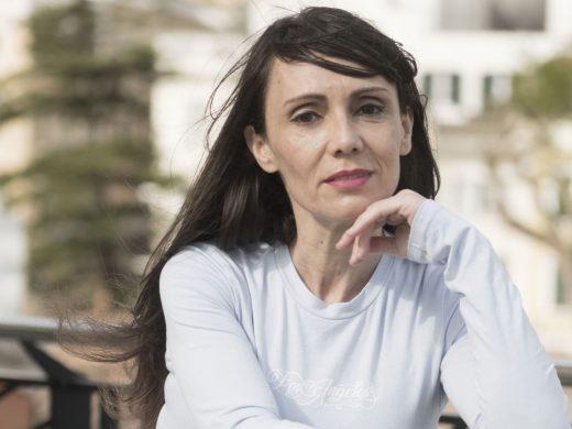 (Fotos) La actriz Azahara Moyano se toma un descanso en Menorca