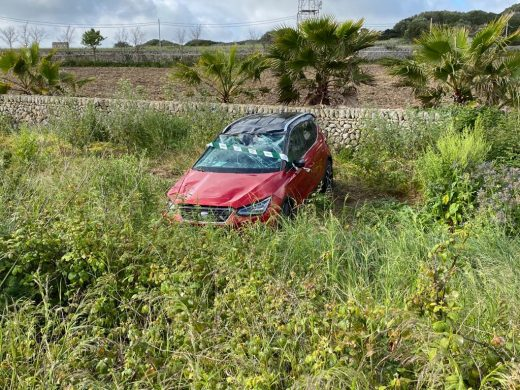 (Fotos) Aparatoso accidente en la carretera general