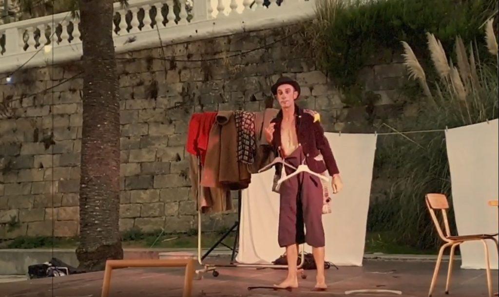 Imagen de una actuación de Vagamundos en Maó